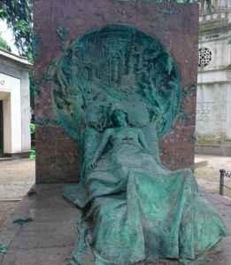 Tumba Isabella Casati - visitas guiadas milan- guia turistica milan
