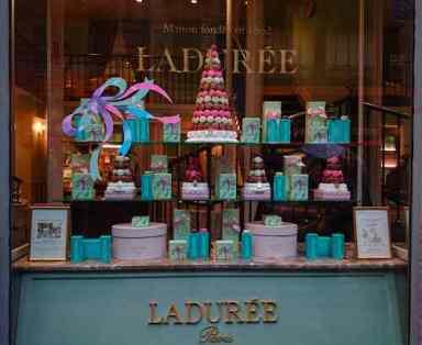 Pastelería Ladurée en Milán
