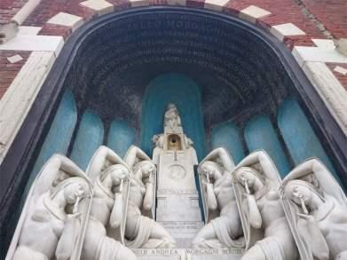Cementerio monumental milan - visitas guiadas milan